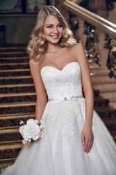 продам шикарное свадебное платье! Владивосток!